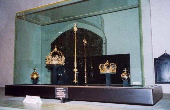 УШвеції зкафедрального собору вкрадені королівські корони