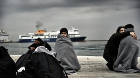 Греция приступила к депортации беженцев