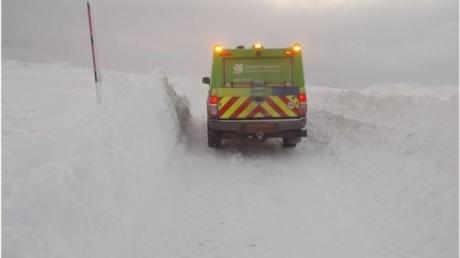 Великобританію накрили сильні снігопади йсильні вітри