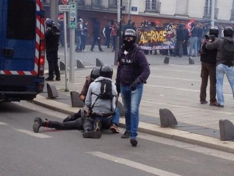 Протесты воФранции: покрайней мере 15 человек получили ранения