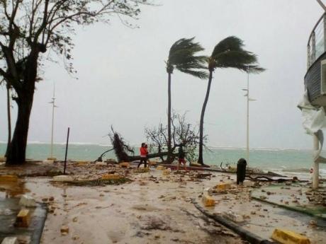 Один человек умер наГваделупе из-за урагана «Мария»