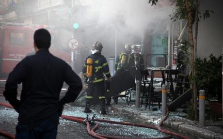 Один человек умер: Вцентре Афин прогремел мощнейший взрыв