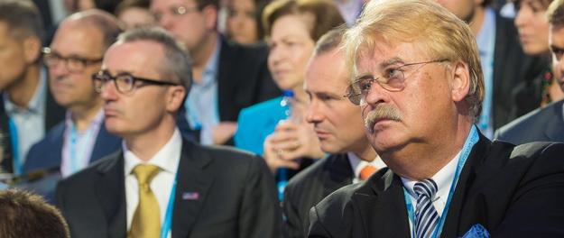 Елмар Брок    Є питання - чи цікавить Путіна ціна     2a76694456a0b
