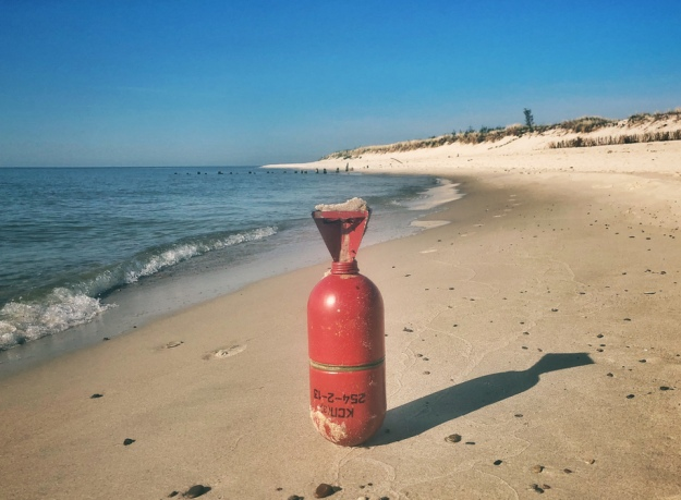 Наузбережжі Балтійського моря вПольщі знайшли сигнальні ракети російського виробництва