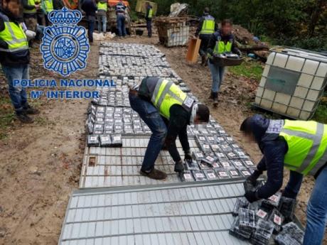 ВИспании конфисковали одну изкрупнейших партий кокаина