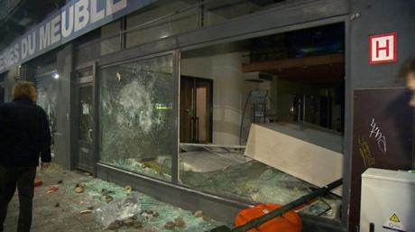 УБрюсселі футбольні фанати влаштували погроми, постраждали поліцейські