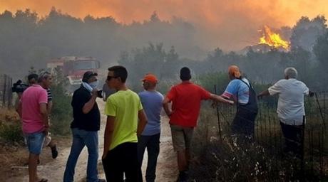 ВГреции из-за пожаров начали эвакуировать население