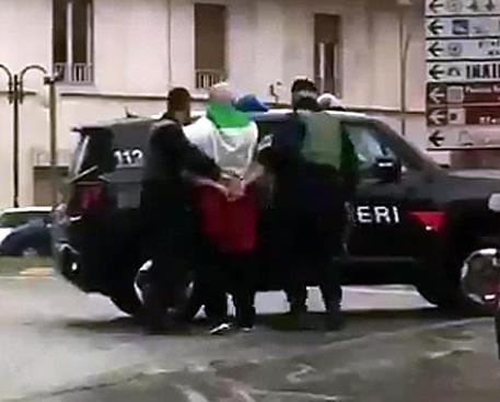 Стрельба попрохожим вИталии: милиция установила личность нападавшего