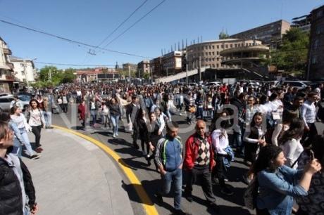 В Єревані почалися акції громадянської непокори