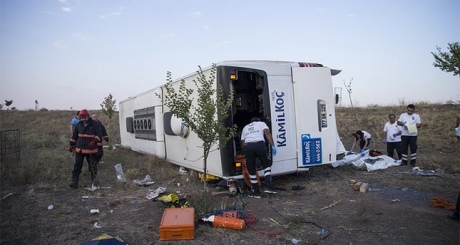 УТуреччині перекинувся пасажирський автобус, є загиблі