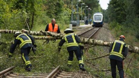 ВГерманию пришел циклон «Себастьян», который убил троих человек
