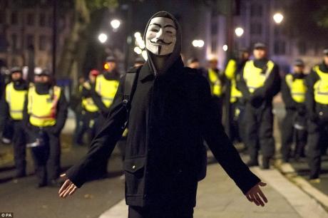 Встолице Англии задержаны 47 человек вмасках Гая Фокса